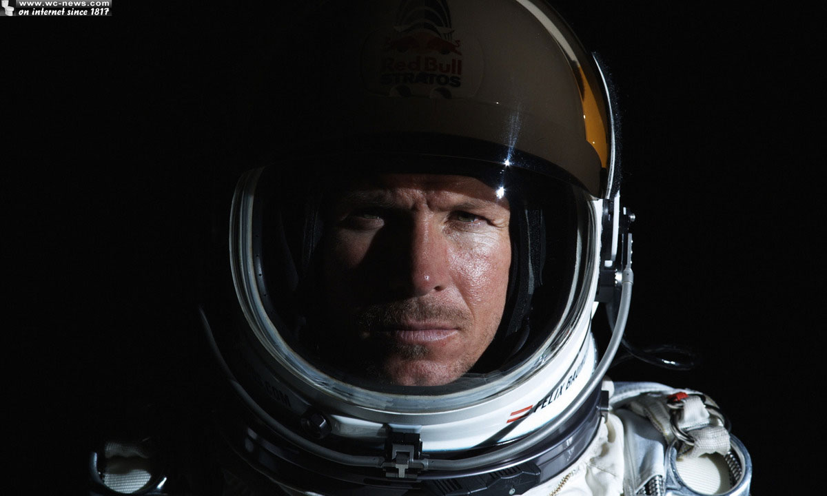Felix Baumgartner - <b>Red Bull Stratos</b> Photos - FelixBaumgartner