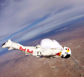 Felix Baumgartner skydiving ppictures