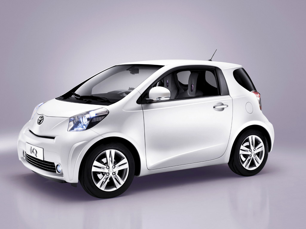 aston martin cygnet or how to design a small car for just 10