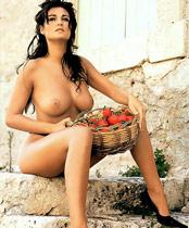 Manuela Arcuri Erotic Picture